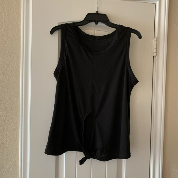 Tops - Black tank with front knot size medium